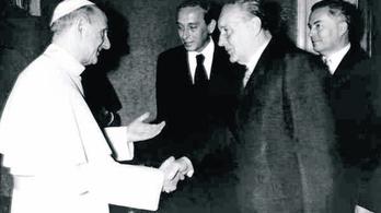 Mit keresett Kádár a pápánál?