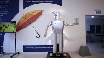 A Szegedi Robotembertől a légpárnás Mars-járóig