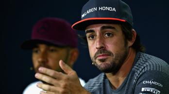 Alonso azt is mondhatta volna, piros hó essen