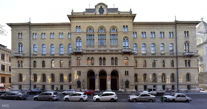 A Fővárosi Törvényszék épülete az V. kerület Markó utca 27-ben.