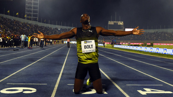 Usain Bolt utoljára futott Jamaicában, 30 ezer ember búcsúztatta