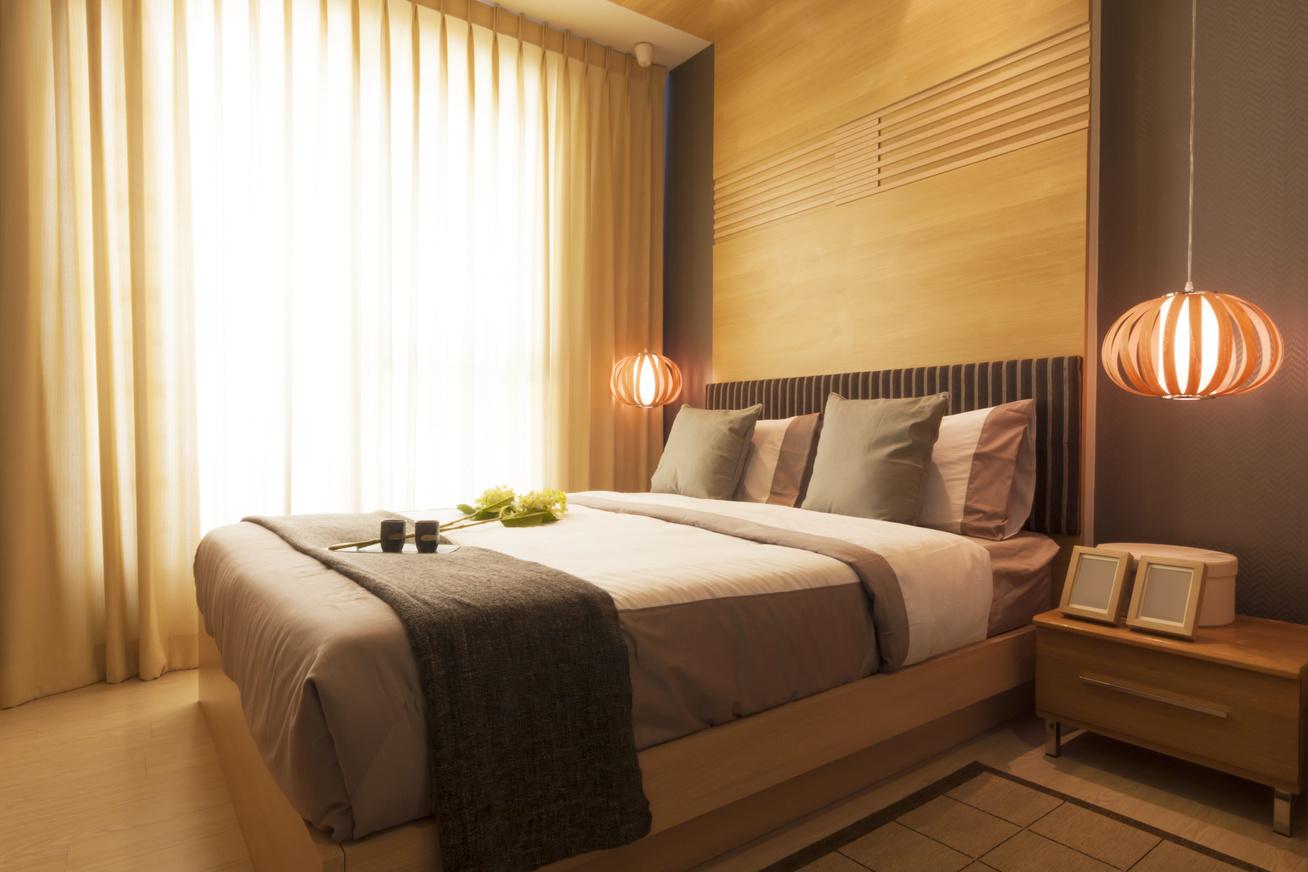 szoba-barna