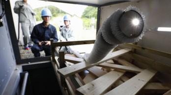 Kígyórobottal mentenének embereket Japánban