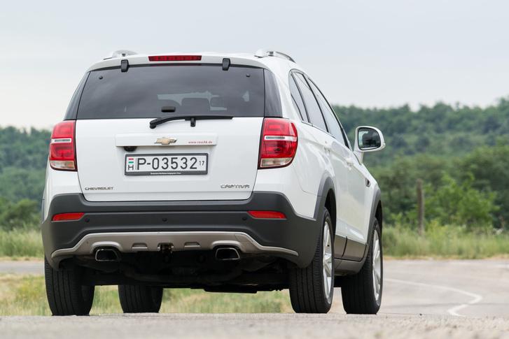 Az Opel Antara közeli rokon, de az tíz centivel rövidebb