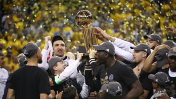 A második negyeddel döntött a Warriors, és bajnok