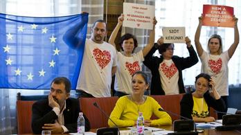 Civiltörvény: az LMP utólagos normakontrollt szeretne