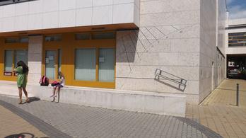 Hatalmas napórává alakították a siófoki könyvtárat