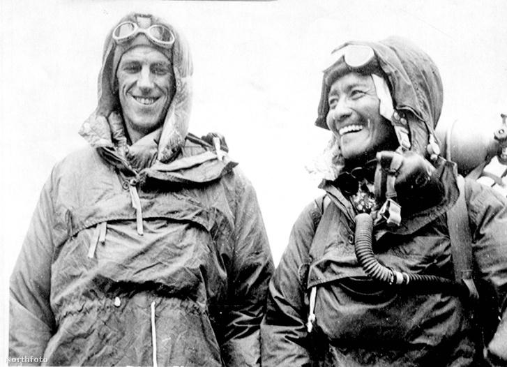 A Mount Everest első megmászói: Sir Edmund Percival Hillary és sherpa Tenszing Norgay ( / Northfoto)