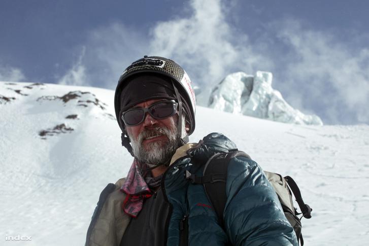 Az egyik legsikeresebb magyar alpinista, Erőss Zsolt az Annapurnán ( / Index)