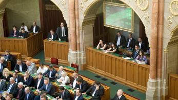 Elfogadta a 2018-as költségvetést a parlament
