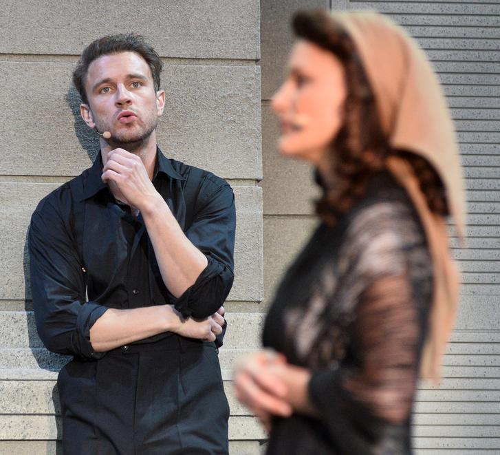 Sándor Péter és Radnay Csilla az Evitában