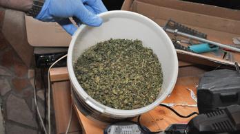 Kábítószer-kereskedőket fogtak el Budapesten