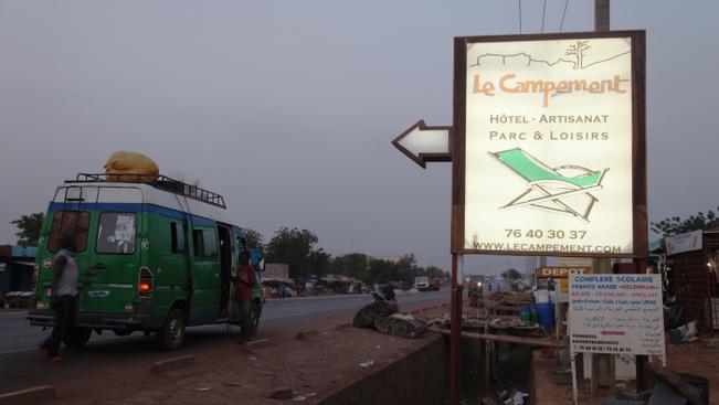 Fegyveresek rontottak egy luxus üdülőhelyre Maliban