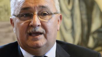 35 milliós büntetést szabtak ki a vadászházas polgármesterre