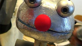 Nem tudnak csókolózni a robotok