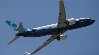 Új gépeket leplezett le a Boeing és az Airbus