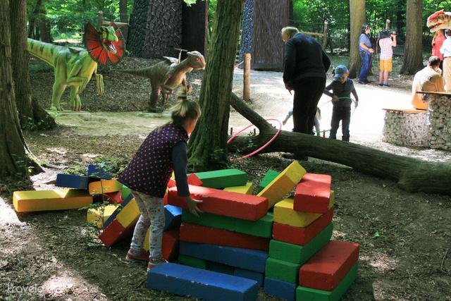 Játszótér a Dínó Parkban