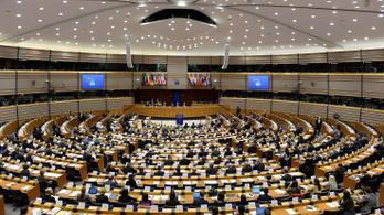 Egyetlen fideszes EP-képviselő sem árulta el, mire költi havi 1,3 milliós költségtérítését