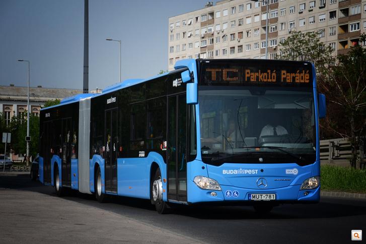 Múzeumok Éjszakája busz Totalcar