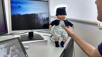 Az okos játékbaba megmondja, hogy érzi magát a gyerek