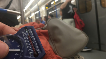 30 fok a metrón, Budapestre jó lesz