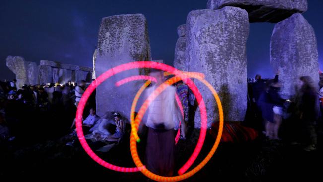 Így ünneplik a nyári napfordulót a Stonehenge-nél