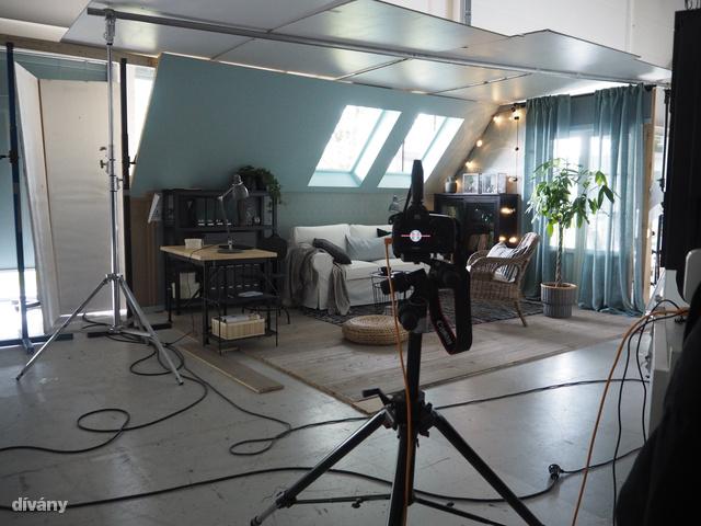 Pedig nagyon sok típusú, lakást össze tudnak dobni a stúdióban.