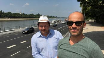 Tűző napon, élő felvételen próbáltunk végigmenni az új Duna-parti sétányon