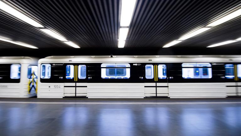Hatósági döntés: Ki kell vonni a forgalomból az összes felújított orosz metrókocsit