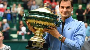 Federer bombaformában: egy szettet sem vesztett a hallei tornán