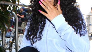 Rihanna meglepően otthonos szettben jelent meg a reptéren