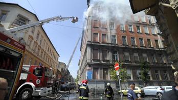 Nyolc lakás égett ki a Péterfy Sándor utcai tűzben