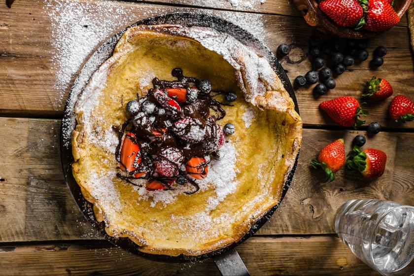 Isteni gyümölcsös serpenyős palacsinta - Lágyabb a tészta, mint ahogy megszoktad
