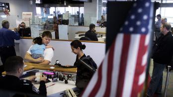 Egyre több magyart küldenek vissza az USA-ból