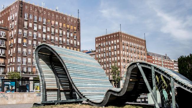 Ilyen lett a város közepére oázisként tervezett pop up park