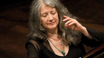 Martha Argerich egészségügyi okokból lemondta athéni koncertjét