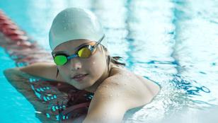 Keményen úszó, mégis boldog gyerekek. Lehetséges ez?