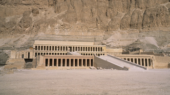 Fáraói templom maradványaira bukkantak