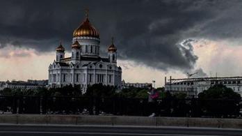 Apokaliptikus vihar tombolt Moszkvában