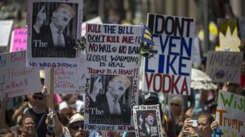 45 amerikai nagyvárosban tüntettek Trump lemondásáért