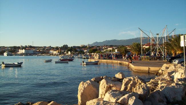 Bedrogozott turisták miatt kért elnézést a horvát polgármester