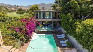 50 ezer dollárért kiadó az 50 éves Pamela Anderson háza