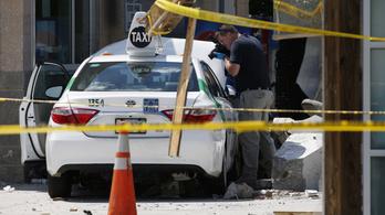 Csúnyán letarolta társait a bostoni taxis
