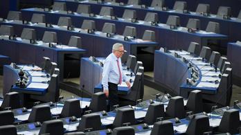 Kongott az ürességtől az EP ülésterme, Juncker kiborult