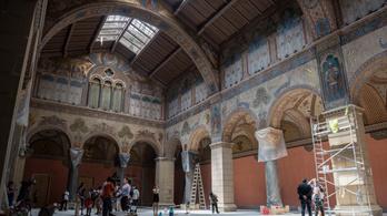 Így néz ki a felújítás közben a Szépművészeti Múzeum
