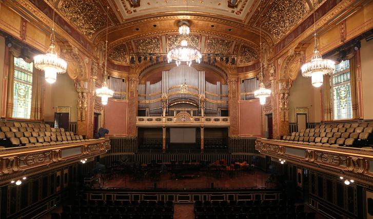 Liszt Ferenc Zeneművészeti Egyetem 2013-ban felújított nagyterem