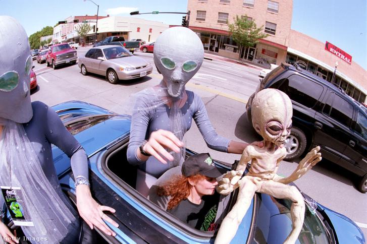 Az éves UFO érvforduló Roswellben.