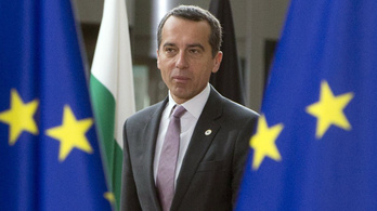 Az osztrák kancellár szerint az illiberalizmus megosztja a V4-eket
