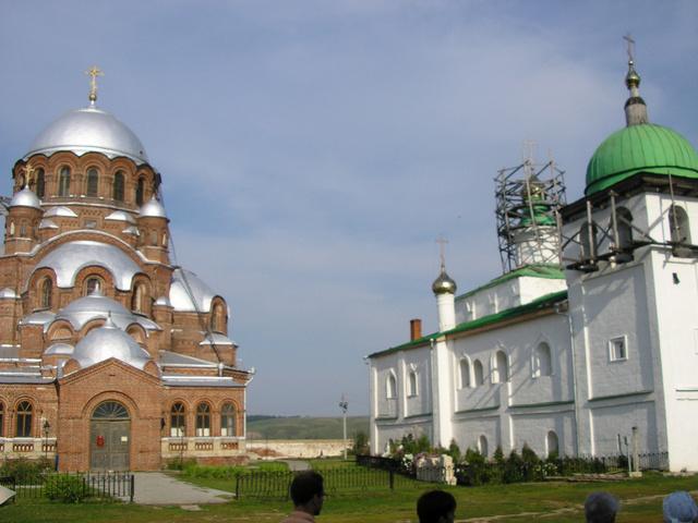 Szvijazsszk templomai