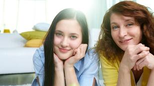 """A szüleikhez hasonlóan """"huzalozott"""" agyú kamaszokkal könnyebb együtt élni"""